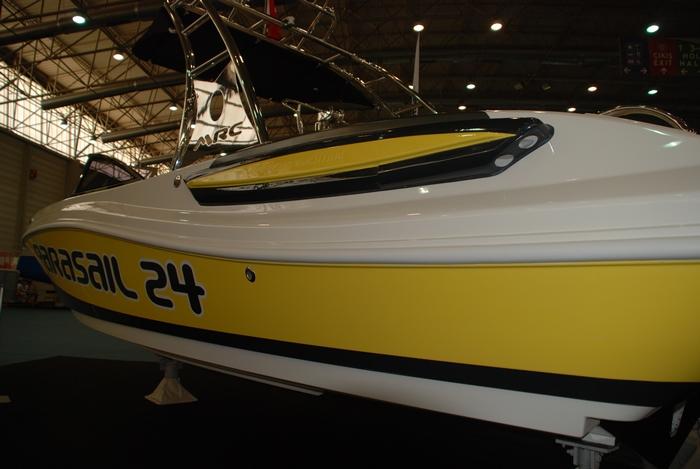 Моторна лодка Mercan Parasailing 24