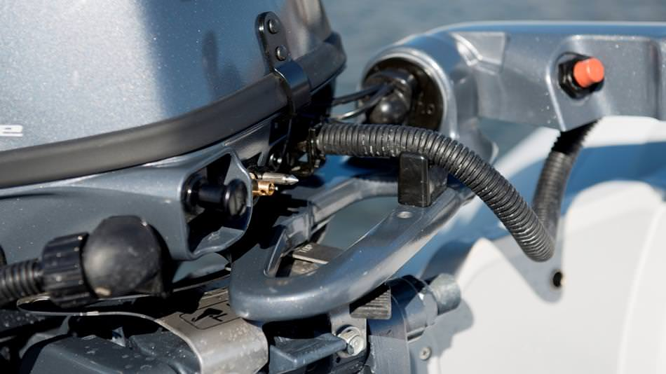 Извънбордови двигатели Yamaha F8/F9.9