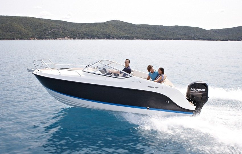 Моторна яхта Quicksilver Activ 595 CRUISER