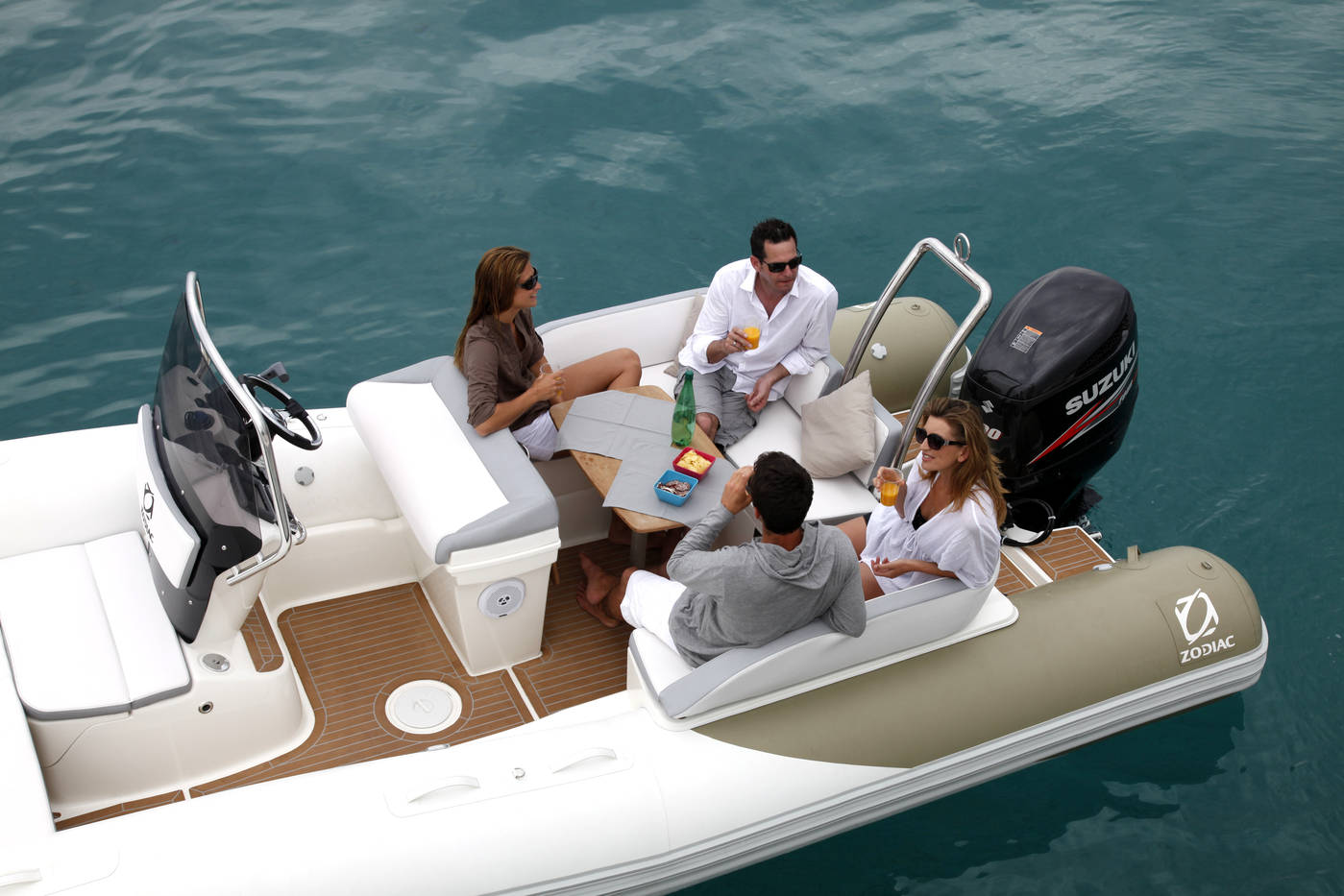 Надуваеми пластмасови лодки РИБ Зодиак/ RIB Zodiac N-zo